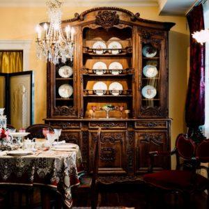 9.特別な想いが込められた装飾家具