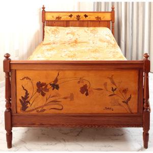 1.ガレによる貴重なベッド