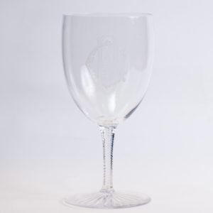 2.グラヴュールカットのワイングラス